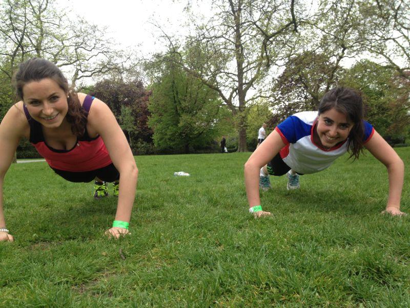 ejercicios caseros para pectorales