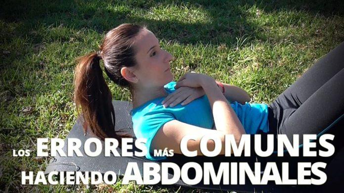 errores comunes al realizar abdominales