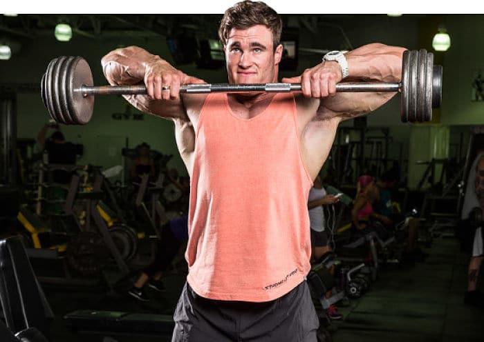 como entrenar los hombros