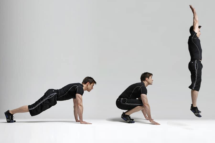 3 Entrenamientos Para Construir Músculo en Casa: Burpees