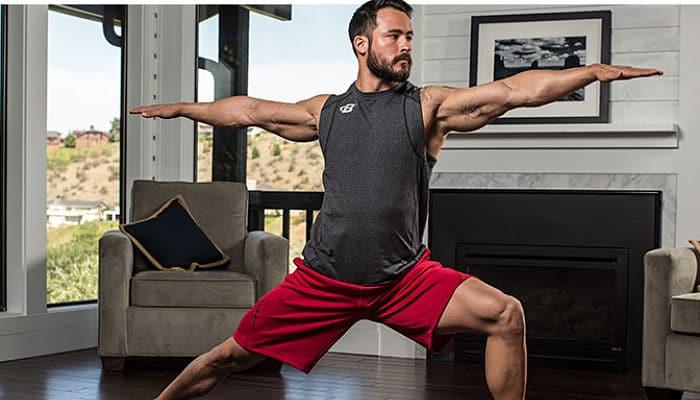 6 motivos por los cuales los hombres deberían hacer yoga