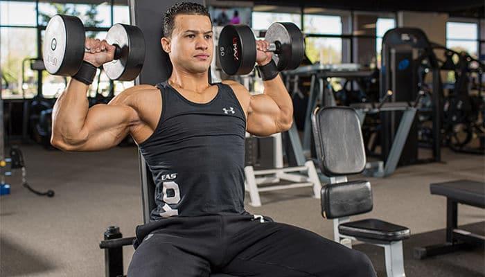 El entrenamiento extremo de hombros y tríceps!