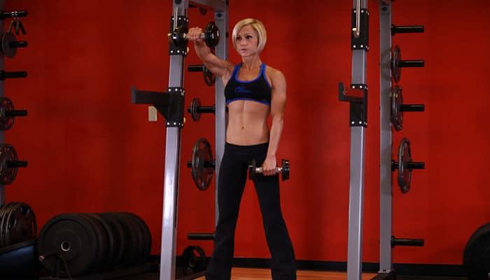 Entrenamiento extremo de hombros y tríceps