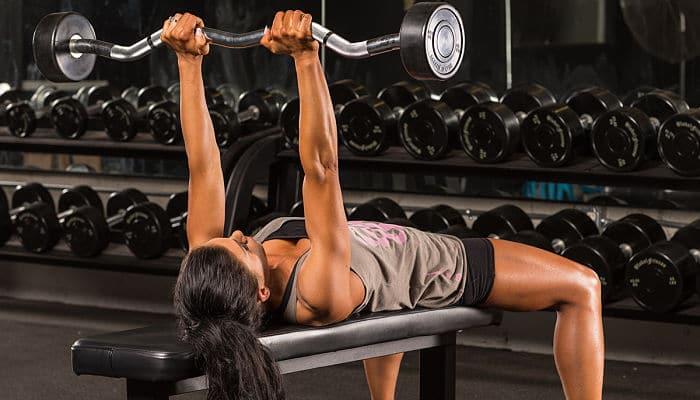 Haz que tus tríceps estén igual que tus bíceps
