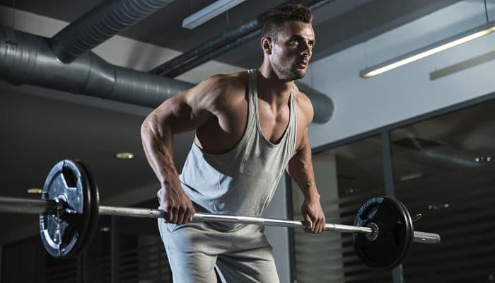 Levanta poco peso y gana musculos