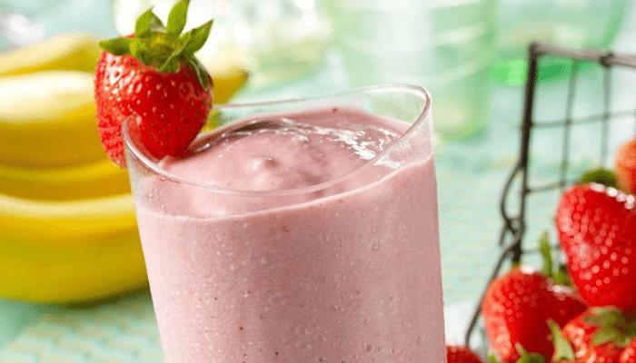 Batido de proteína con fresas